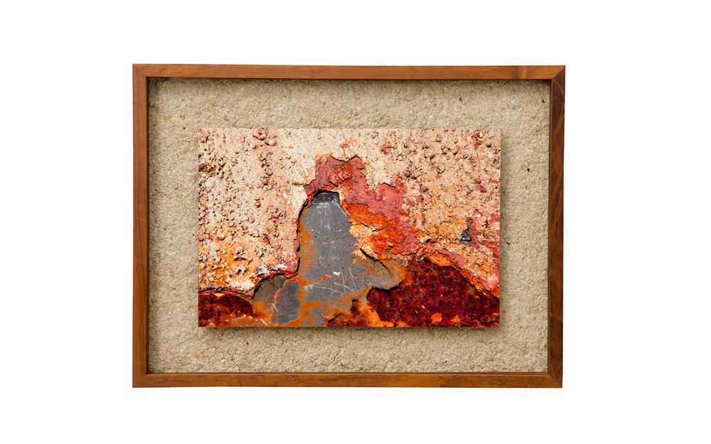 Peça única – Tamanho P – 60 x 45 cm – Com participação da artesã Carmen Lúcia Solheid