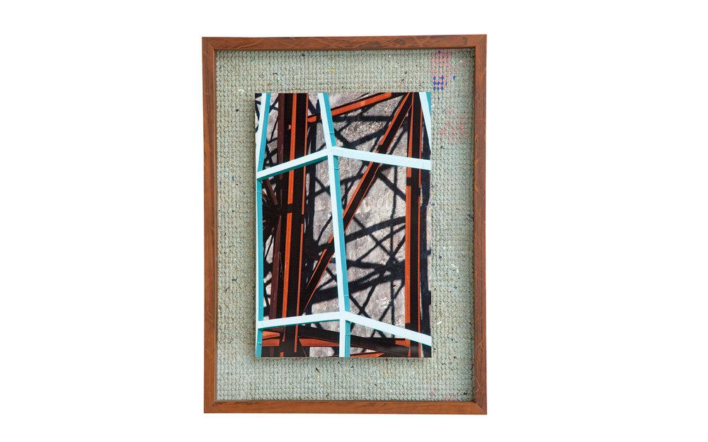 Peça única – Tamanho P – 45 x 60 cm – Com participação da artesã Carmen Lúcia Solheid