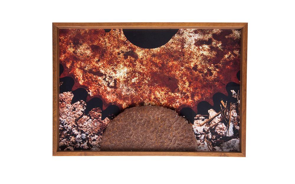 SOLD – Peça única – Tamanho M – 90 x 60 cm – Com participação da artesã Carmen Lúcia Solheid