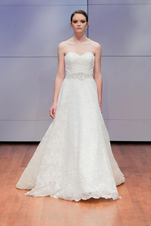 Alyne Bridal Gown Wedding Dress