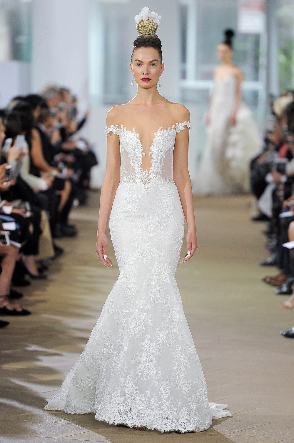 Ines Di Santo Haydon Sexy off the shoulder lace mermaid wedding dress plunging neckline low back