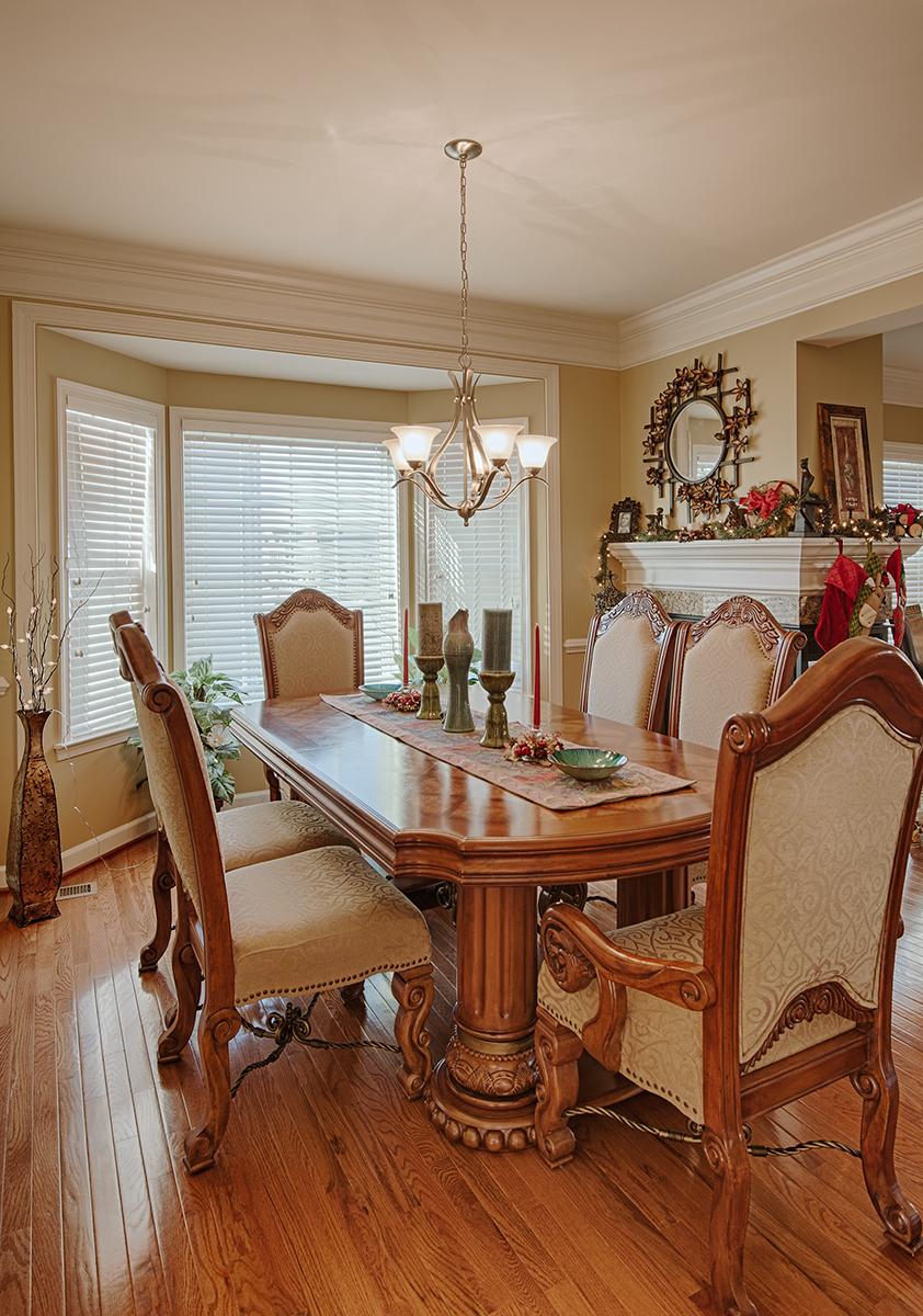 Diningroom-2-2.jpg