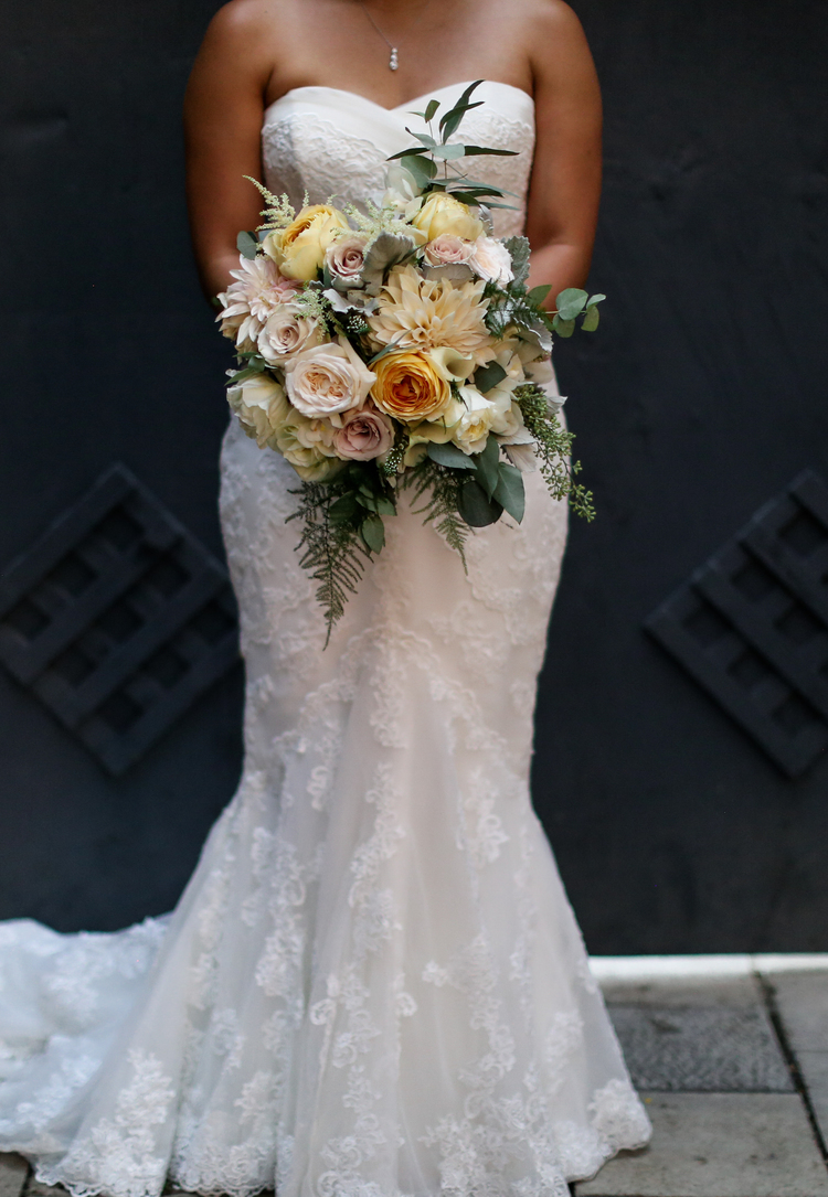 bride bouquets organic romantic fresh garden roses — floral fetish