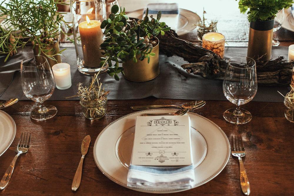 business event flower arrangements: fancy brunch table styling
