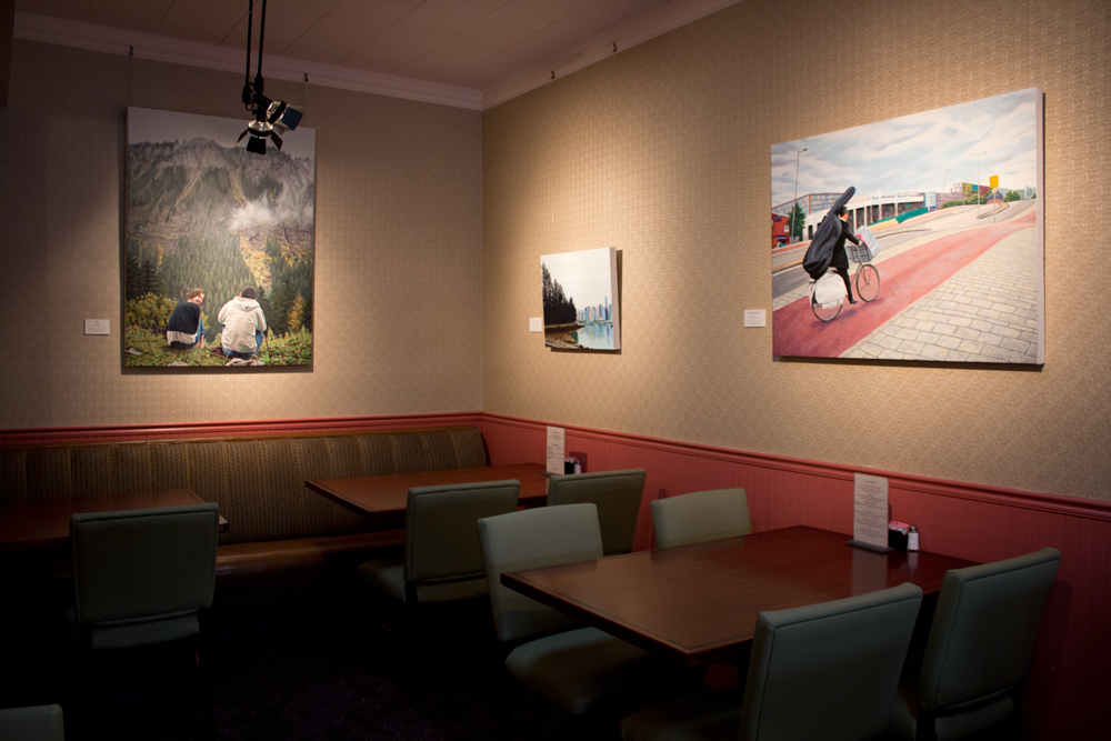 Taylor Browning paintings at Hyde Park Bar & Grill
