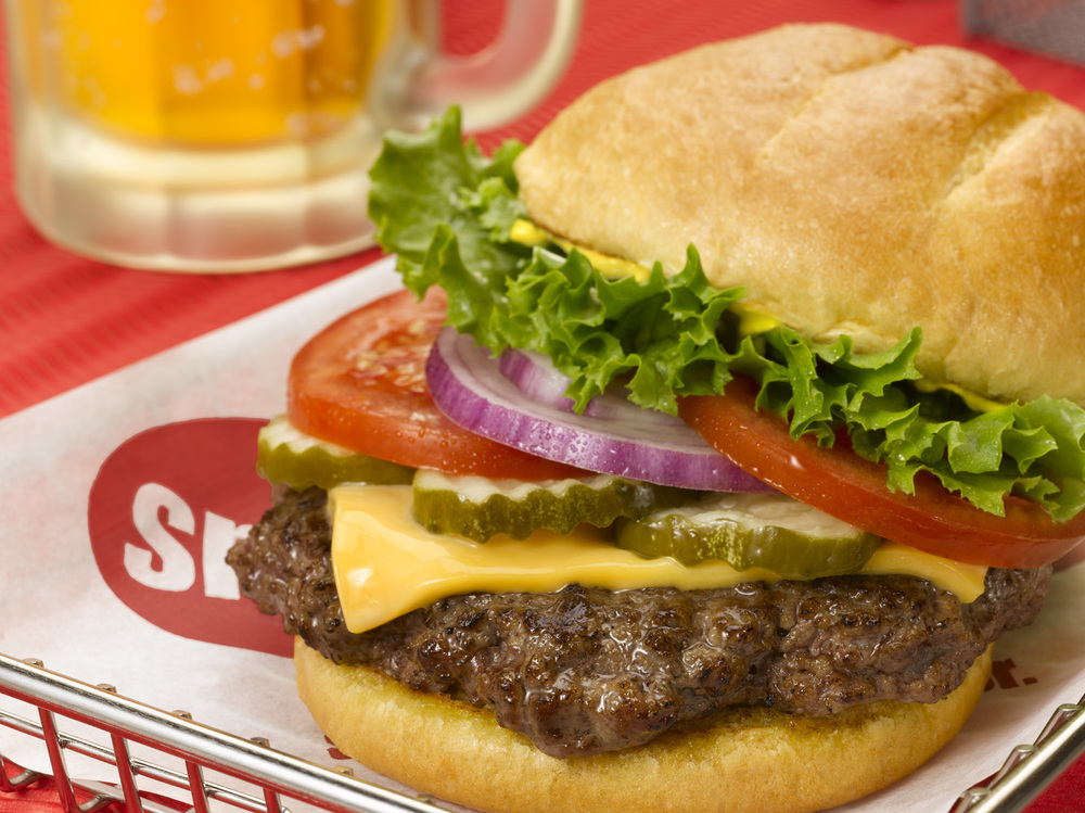 Smash Burger Classic Smash w Beer.jpg