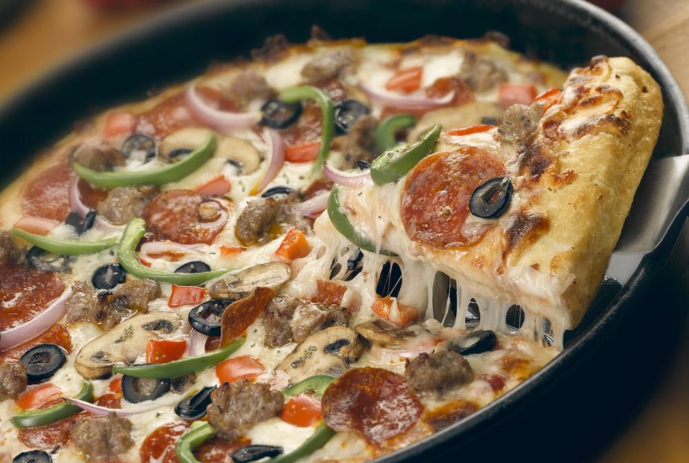 Pizza Pull.jpg