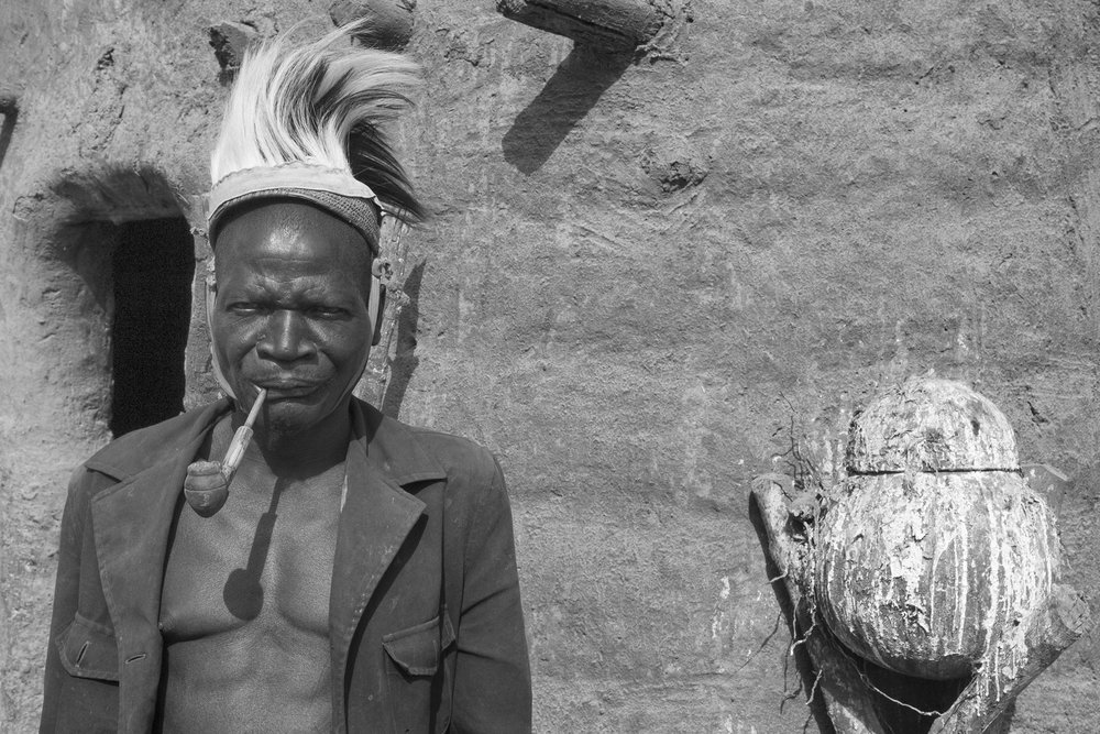Man and Fetsih, Togo
