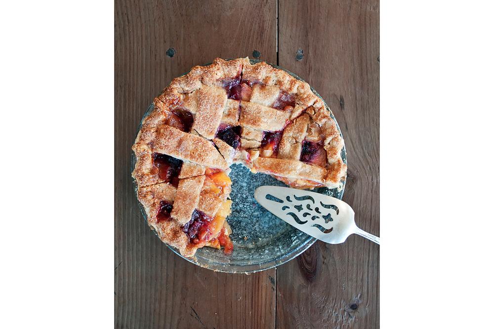 FourandTwenty_Fruit_Pie.jpg