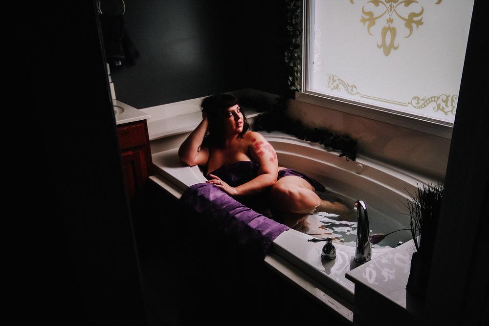 Sarah Fic - Boudoir - 061918 -6758.jpg