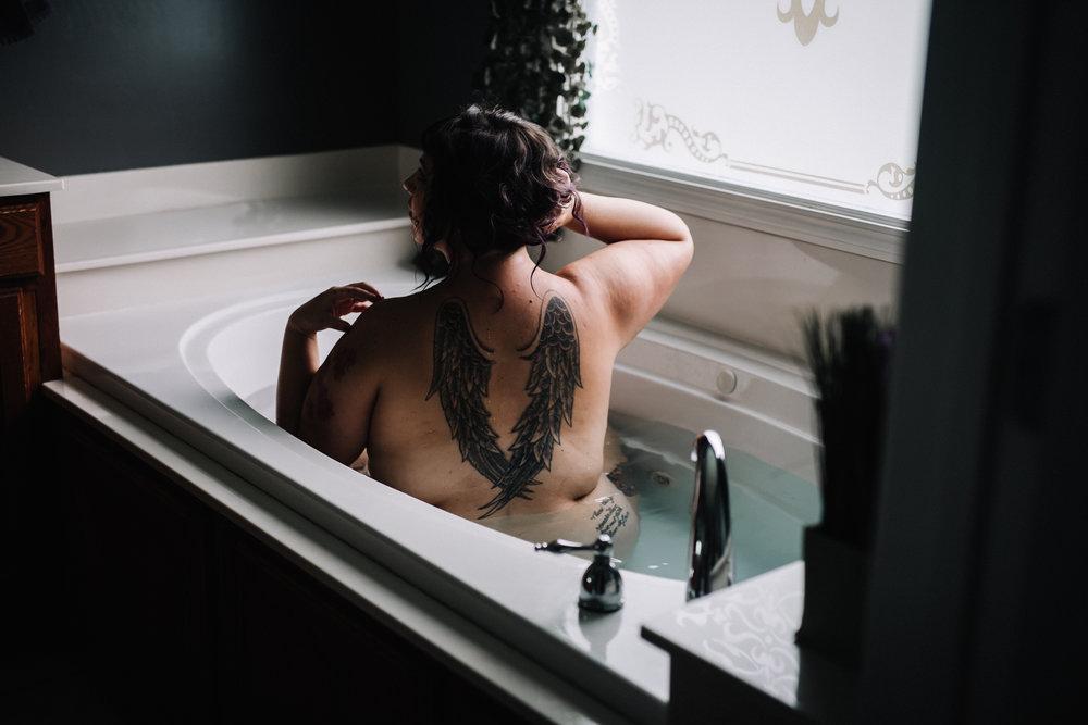 Sarah Fic - Boudoir - 061918 -7170.jpg