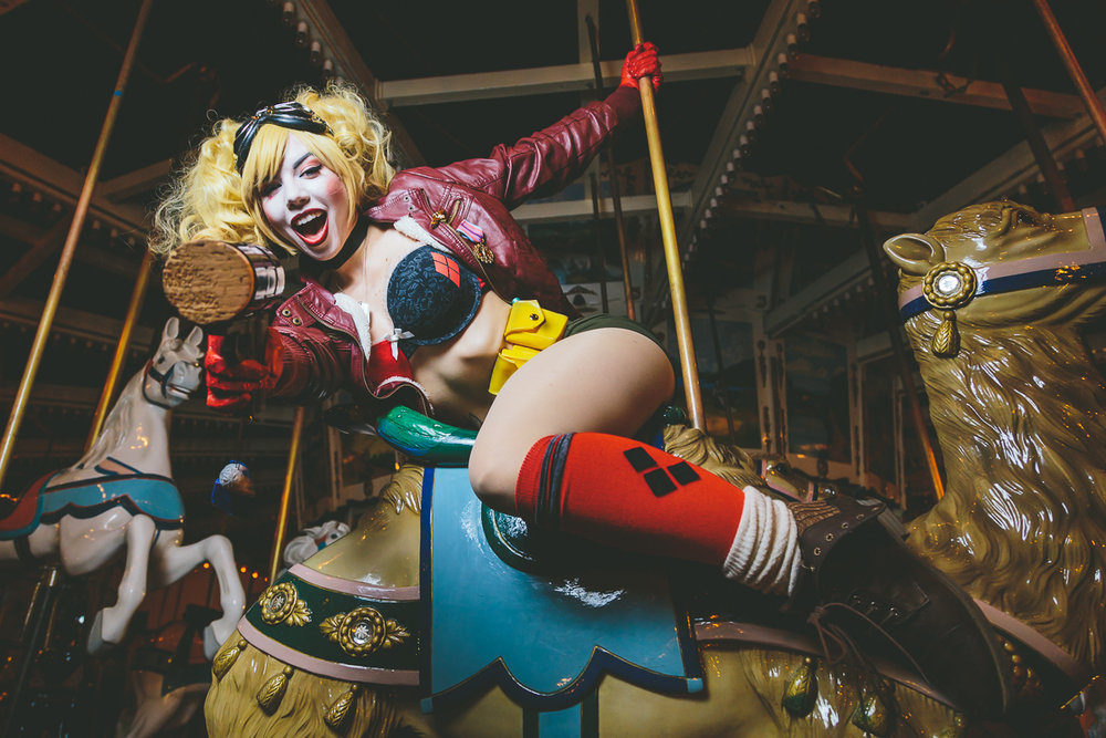 Ludella Hahn as Harley Quinn.  Taken at San Diego Comic Con.