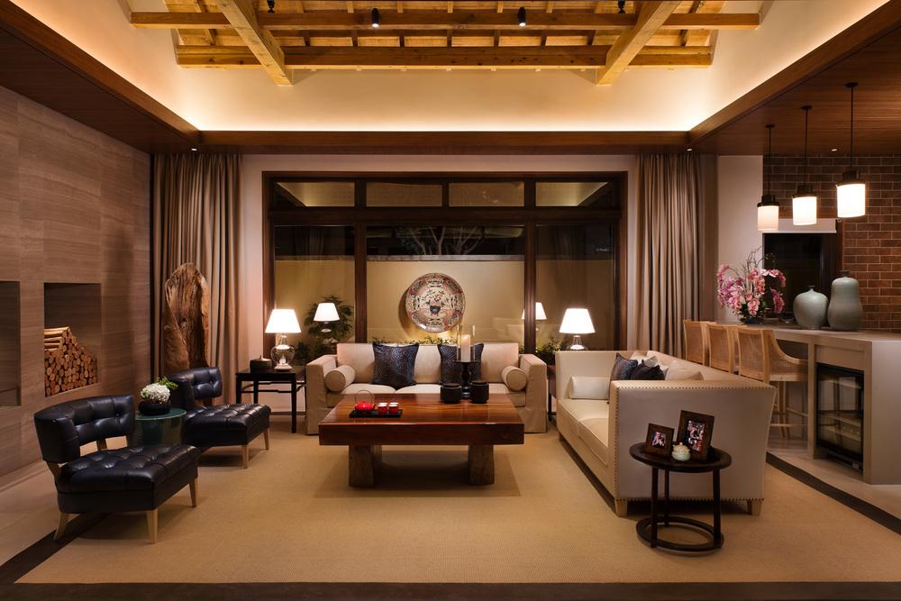 20140501_HBA_LiJiang-Villa_SiQu_Livingroom-from-Courtyard_F3.jpg