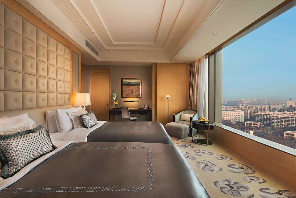 20141219_Shangri-La-Nanjing_Interior_Deluxe-Twin-Room_F.jpg