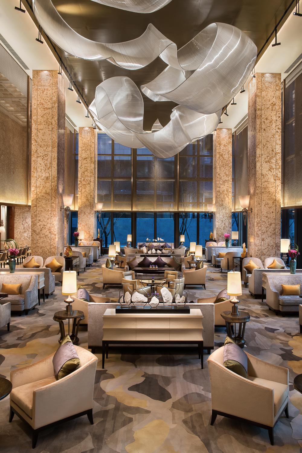 20160228_Shnagri-La_Lobby-Lounge.jpg