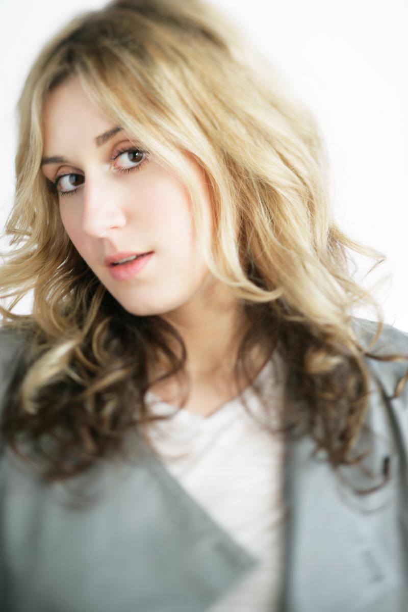 20071127_Portrait_Megan_F-3.jpg