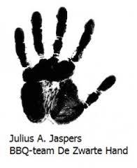 ZWARTE HAND.jpg