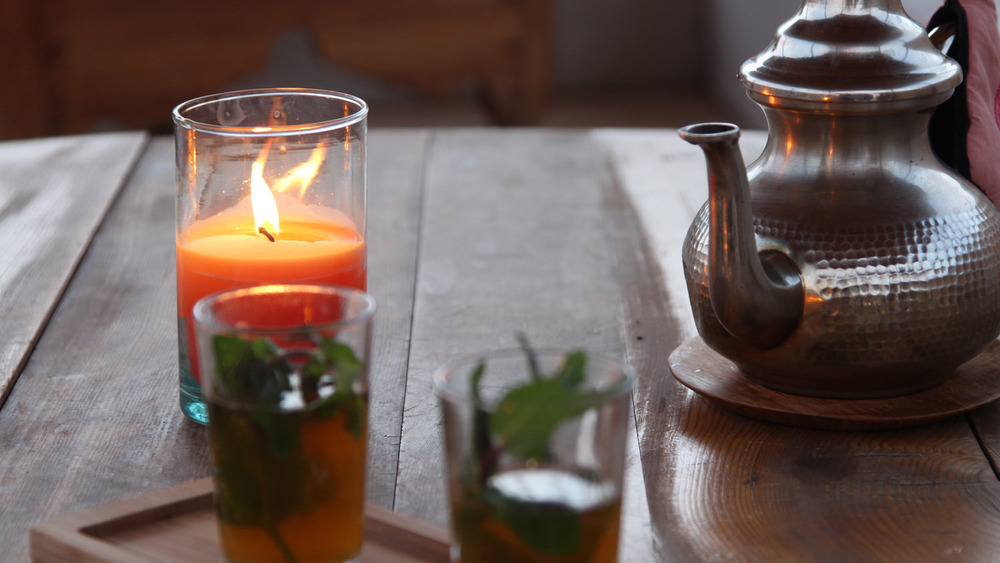 The ritual of the fresh mint tea