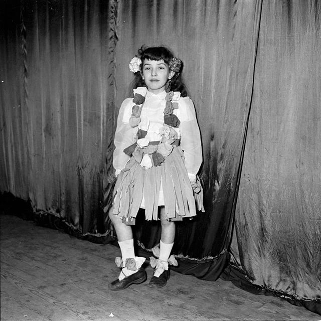 #dennisdinneen #dinneenarchive #photooftheday #photography #ireland #cork #pub #bar #portraitphotography #portrait #blackandwhite #blackandwhitephotography #filmphotography #mediumformat #1950s #1960s #1970s