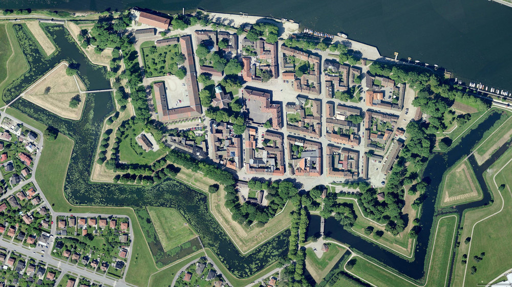 kart over gamlebyen fredrikstad FREDRIKSTAD & HVALER —KART over Gamlebyen i Fredrikstad kart over gamlebyen fredrikstad