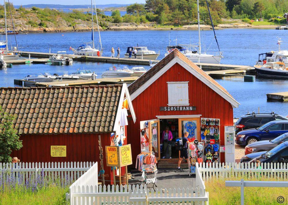 For mange er sommerhandel på Hvaler en av sommerens høydepunkter.