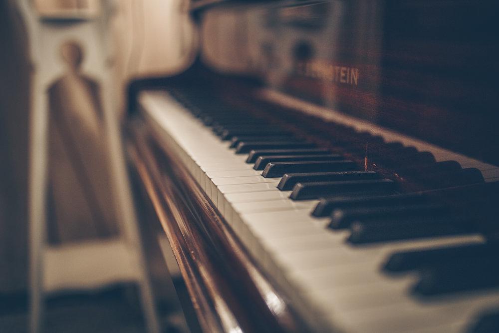 Neal Piano Hands.jpg