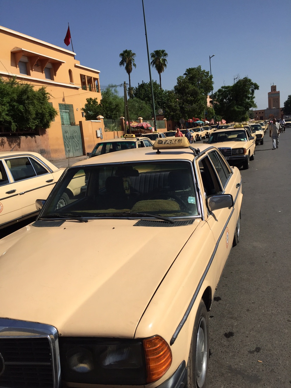 A grand taxi (AKA Moroccan death trap)
