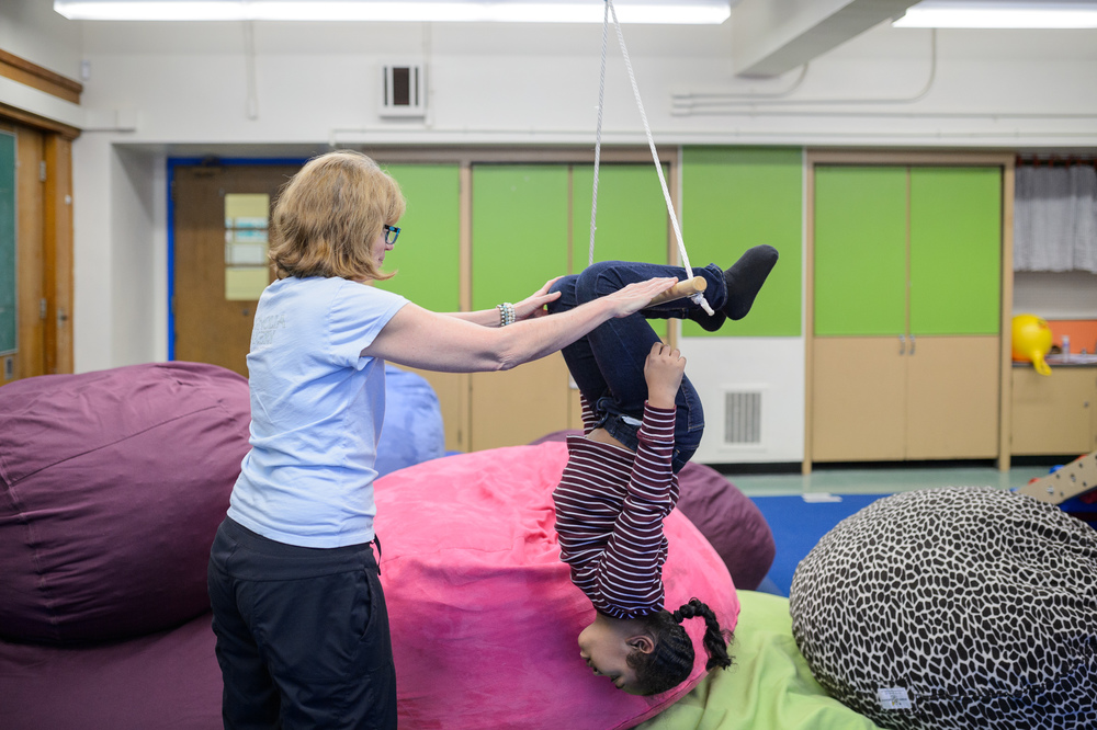 Child shows tricks at the sensory gym