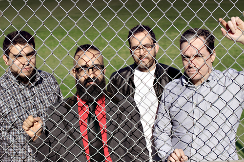 Los+Outsiders+fence.jpg