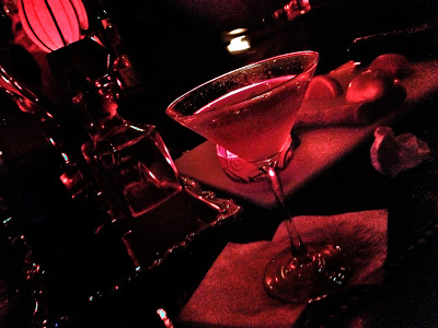wangs-cocktail-chicago-bar-martini.JPG