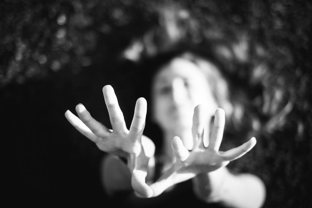 Brokaw_Julia_bw_hands.jpg