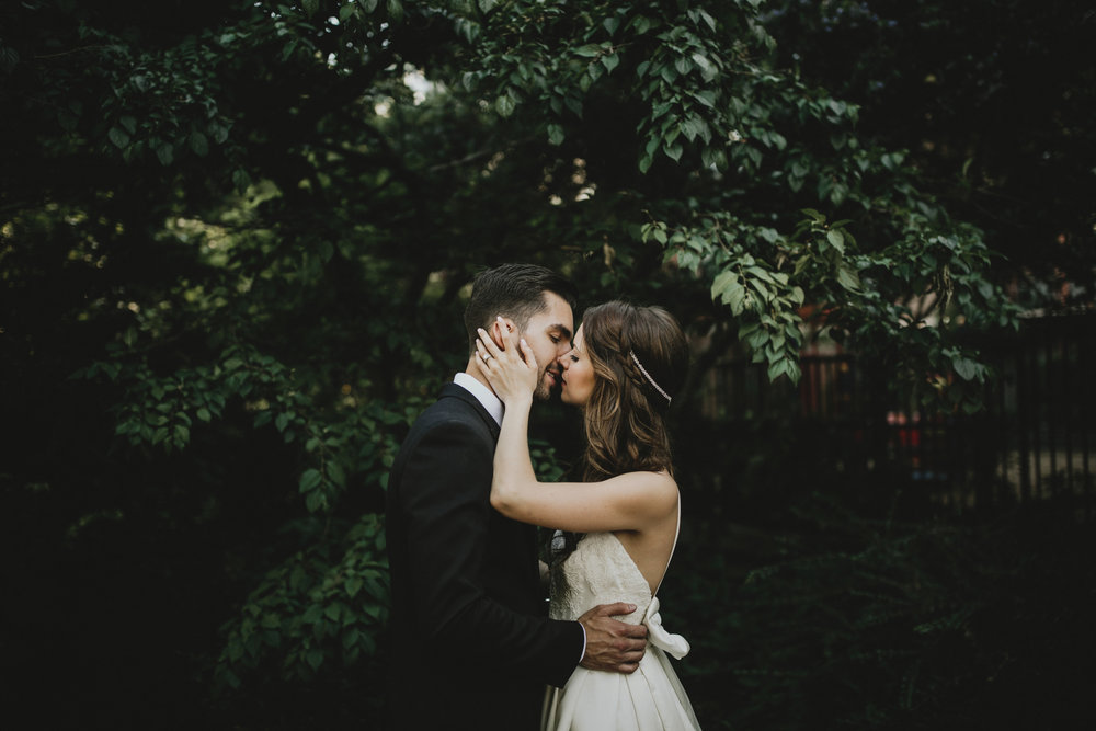 Courtney-Thom-Wedding-Squarespace-9.jpg