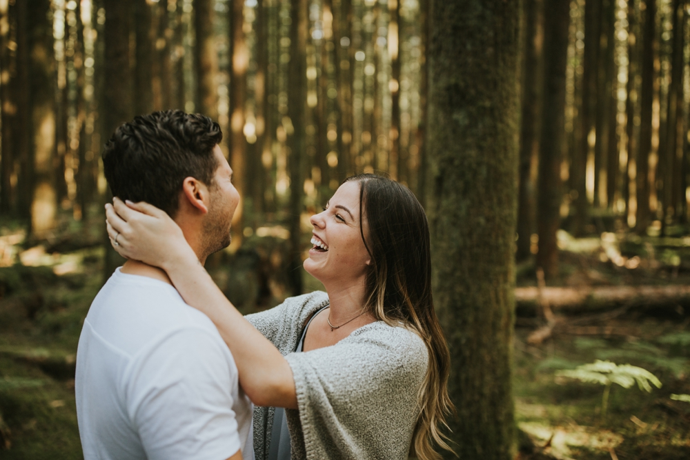 Danielle-Kevin-Engagement-Danaea-Li-Photography-Forest-0028.jpg