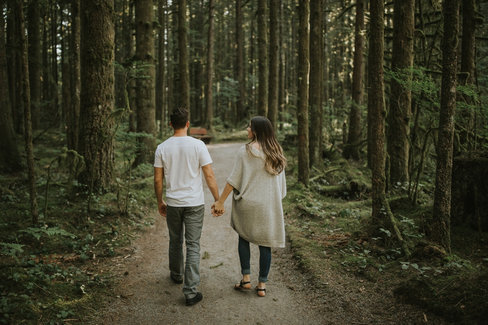 Danielle-Kevin-Engagement-Danaea-Li-Photography-Forest-0040.jpg
