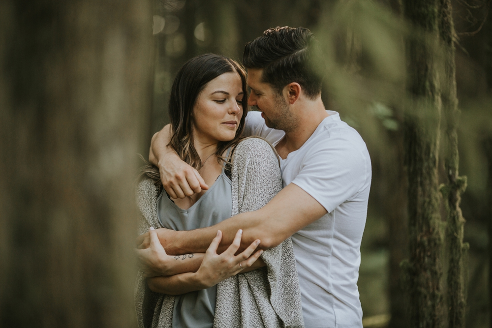 Danielle-Kevin-Engagement-Danaea-Li-Photography-Forest-0045.jpg