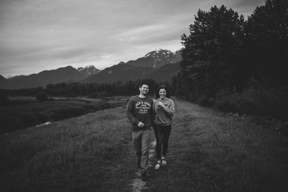 Danielle-Kevin-Engagement-Danaea-Li-Photography-Forest-0075.jpg
