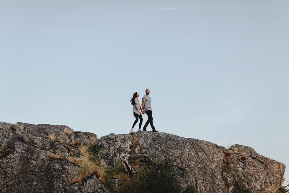 Danaea-Li-Photography-whytecliff-park-engagement_0022.jpg