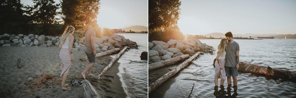 danaea_li_photography_alexandra-evan-jerhico-beach-engagement_0023.jpg