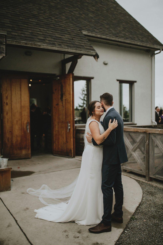 danaea_li_photography_Brittany-Ryan-Sea-Cider-Wedding_0054.jpg