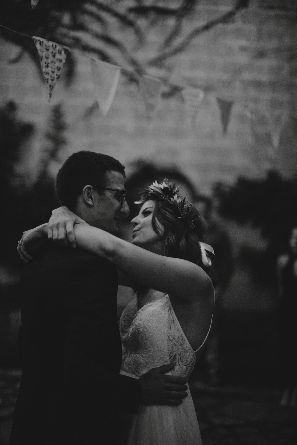 danaea_li_photography_Kaitlyn_Tom_Gastown_Wedding_0120.jpg