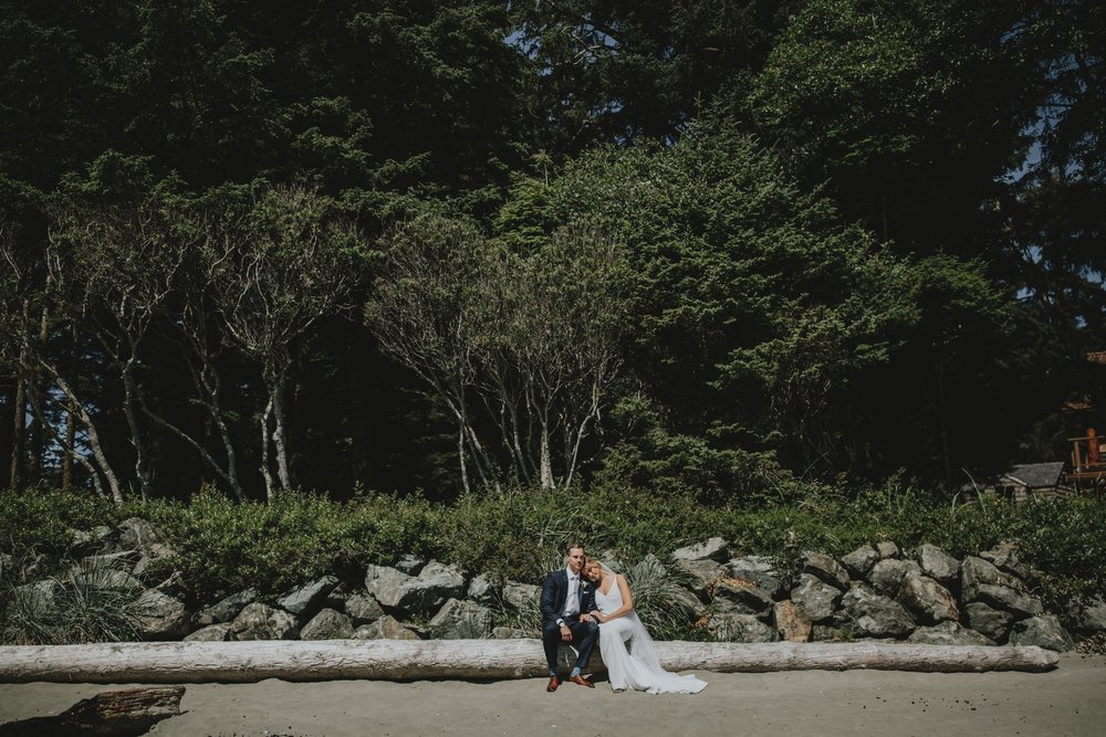 danaea_li_photography_tofino_wedding_2017_0049.jpg