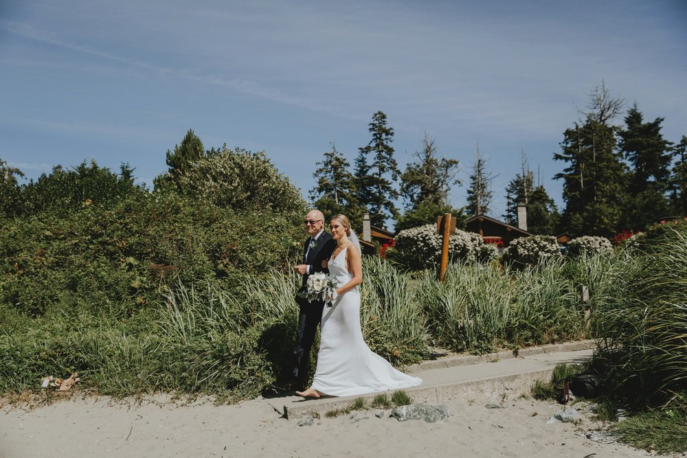 danaea_li_photography_tofino_wedding_2017_0069.jpg