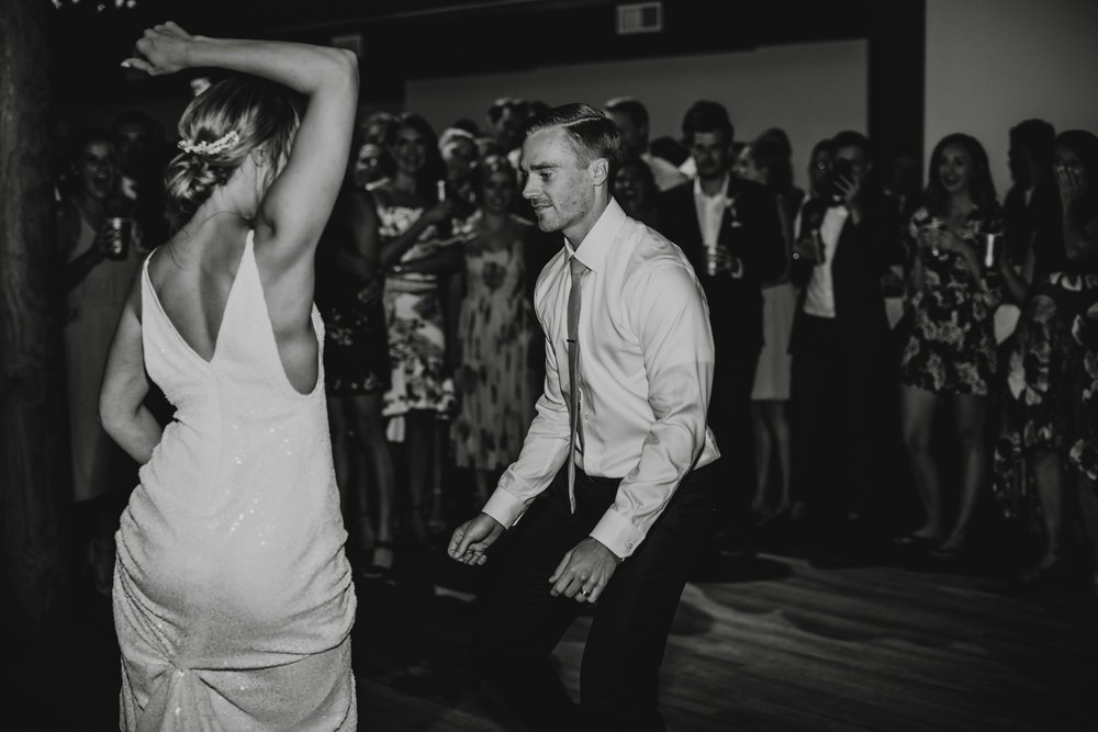 danaea_li_photography_tofino_wedding_2017_0140.jpg