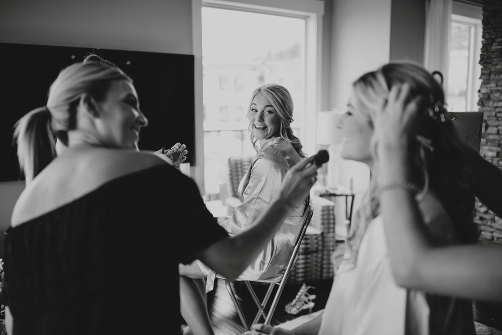 danaea_li_photography_Tyler-Melissa-Vancouver-Wedding_0003.jpg
