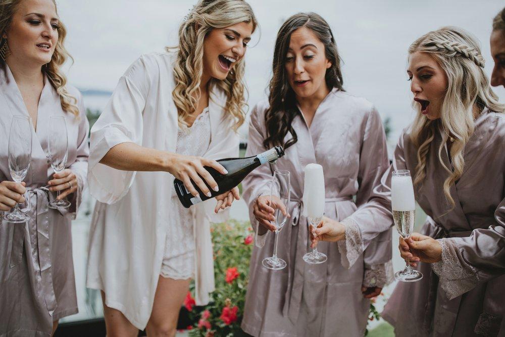 danaea_li_photography_Tyler-Melissa-Vancouver-Wedding_0007.jpg