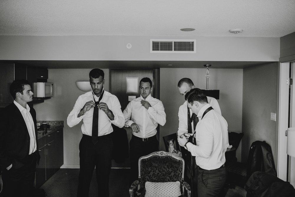danaea_li_photography_Tyler-Melissa-Vancouver-Wedding_0018.jpg