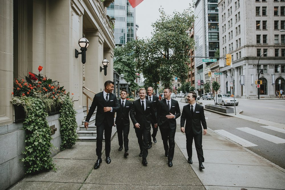 danaea_li_photography_Tyler-Melissa-Vancouver-Wedding_0025.jpg