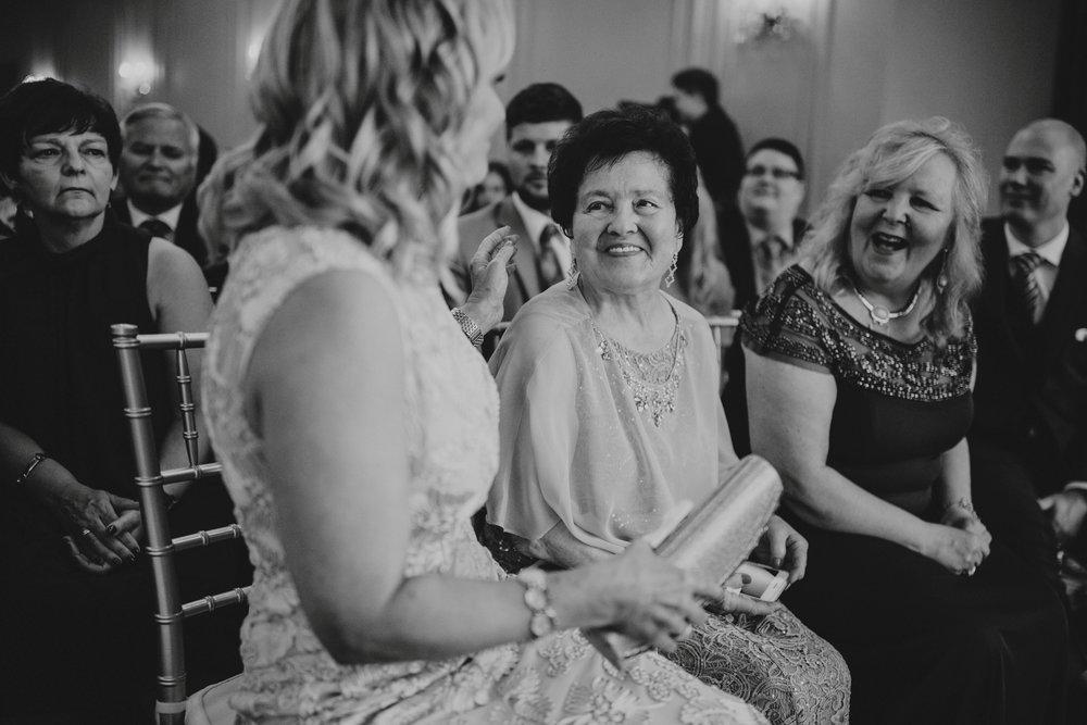 danaea_li_photography_Tyler-Melissa-Vancouver-Wedding_0046.jpg