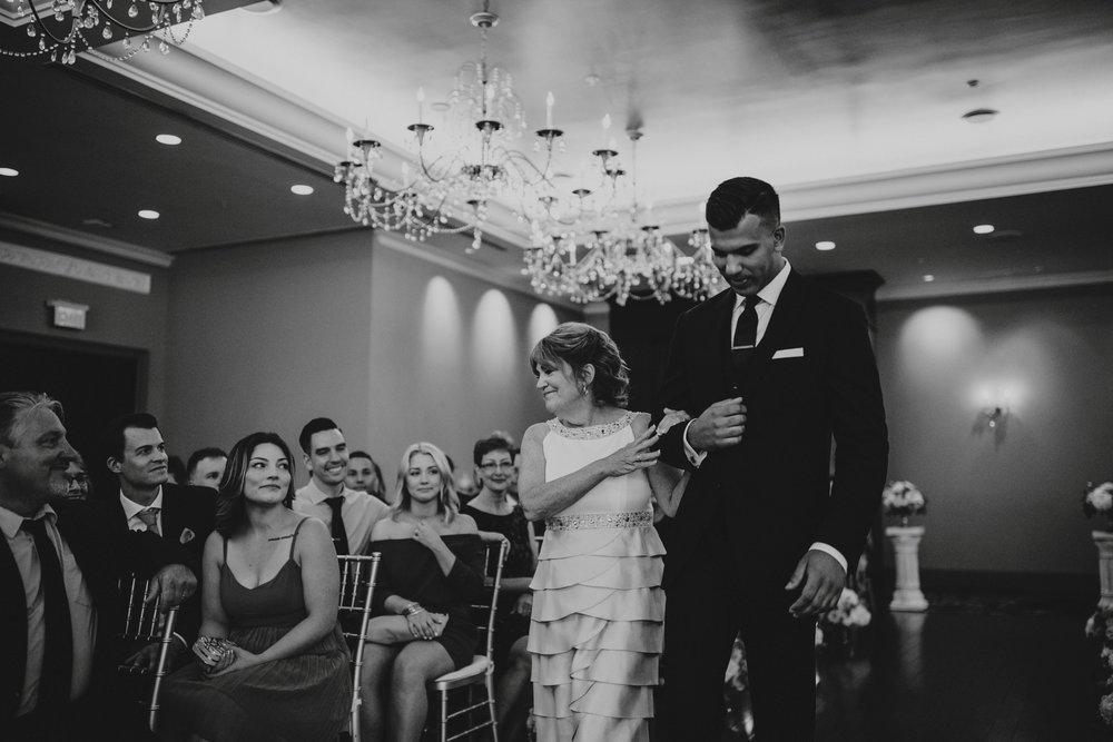 danaea_li_photography_Tyler-Melissa-Vancouver-Wedding_0047.jpg