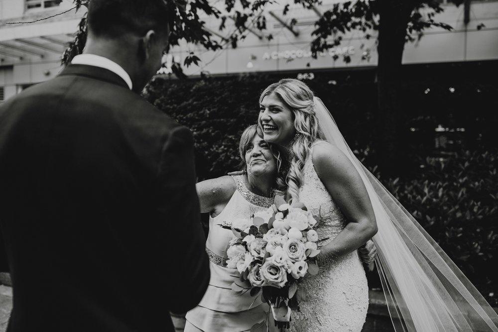 danaea_li_photography_Tyler-Melissa-Vancouver-Wedding_0061.jpg